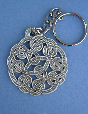 Shandwick Round Keychain - Lead Free Pewter