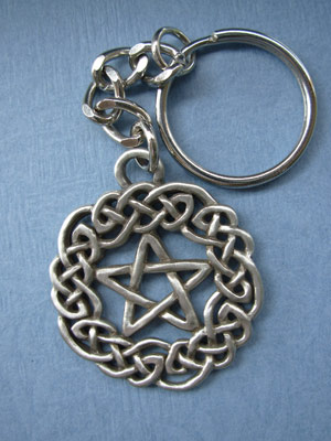 Celtic Pentagram (small) Keychain - Lead Free Pewter
