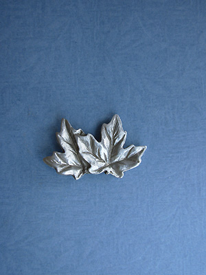 Double Maple Leaf Lapel Pin - Lead Free Pewter