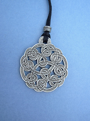 Shandwick Round Lead Free Pewter Large Pendants c/w Cord