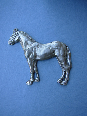 Standing Horse Brooch - Lead Free Pewter