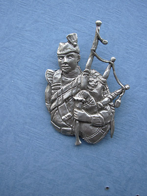Piper Brooch - Lead Free Pewter