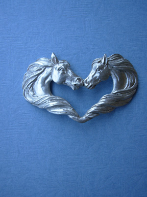 Horse Heart Brooch - Lead Free Pewter