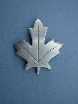 Stylized Maple Leaf Brooch - Lead Free Pewter