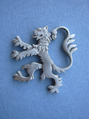 Rampant Lion (Lg) Brooch - Lead Free Pewter