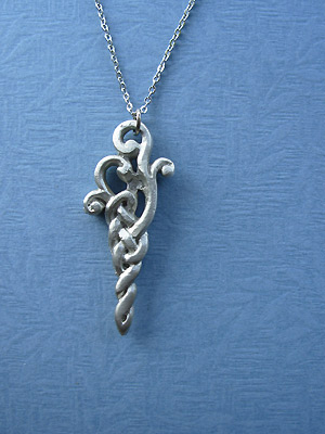 "Celtic Arrow Lead Free Pewter Small Pendant c/w 18"" Chain"