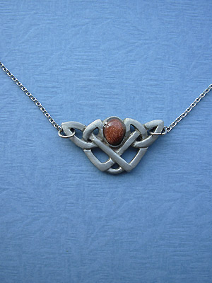 "Endless Interlace w/ Stone Lead Free Pewter Small Pendant c/w/ 16"" Split Chain"