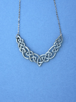 "Original Endless Interlace Lead Free Pewter Small Pendant c/w 16"" Split Chain"