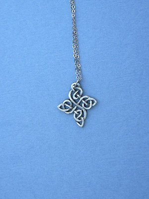 "Happiness Knot Lead Free Pewter Small Pendant c/w 18"" Chain"
