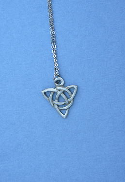 Celtic Charm Lead Free Pewter Small Pendants c/w 18 Chain""
