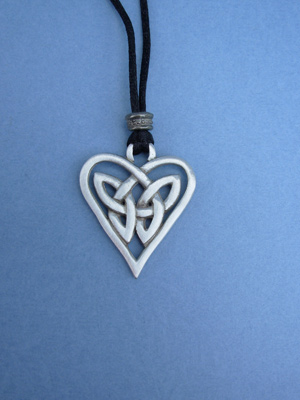 Triquetra Heart Lead Free Pewter Medium Pendants c/w Cord